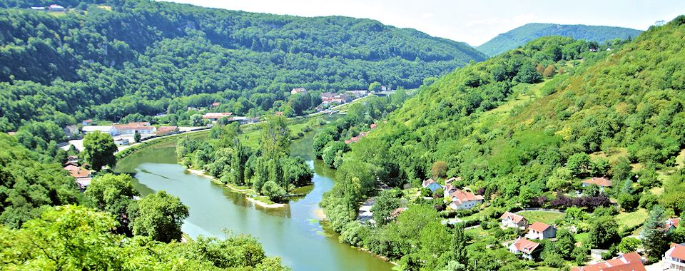 Panoramic photo of doubs